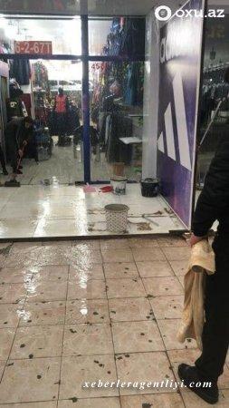 """""""Binə"""" ticarət mərkəzi su altında qaldı - FOTO"""