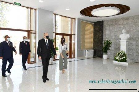 İlham Əliyev və Mehriban Əliyeva Gəncədə universitetin yeni tədris mərkəzinin açılışında - YENİLƏNİB+FOTO